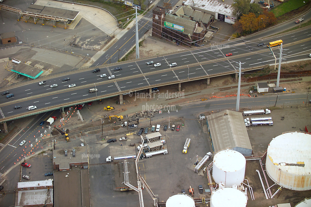 New Haven I-95 I-91 Interchange Pre-Load CT-DOT 92-581 Aerial Photography.  View shows nearby Oil Storage Tanks and Delivery Rack and Railroad Tracks under construction.
