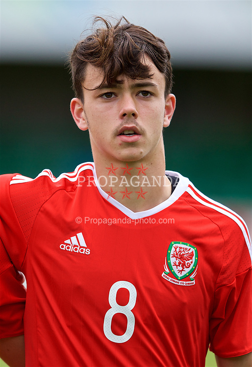 RHYL, WALES - Monday, September 4, 2017: Wales' Robbie Burton lines-up for the national anthem before an Under-19 international friendly match between Wales and Iceland at Belle Vue. (Pic by Paul Greenwood/Propaganda)