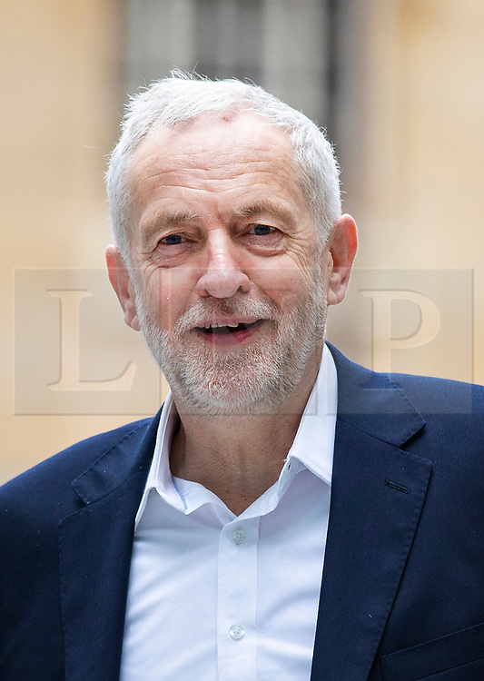 © Licensed to London News Pictures. Labour Party Leader JEREMY CORBYN arrives at BBC Broadcasting House to appear on the Andrew Marr Show. 15/04/2018. London, UK. Photo credit: Rob Pinney/LNP