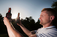 08.08.2013 wies Wyludki woj podlaskie Czeslaw Dzielak piwowar, od ponad 5 lat zajmuje sie domowa produkcja piwa, zdobyl wiele nagrod na piwnych konkursach m.in zwyciezyl w konkursie piw domowych Grand Champion 2013 w Cieszynie fot Michal Kosc / AGENCJA WSCHOD