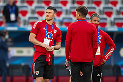 NICE, FRANCE - Wednesday, June 2, 2021: Wales' Kieffer Moore (L) before an international friendly match between France and Wales at the Stade Allianz Riviera ahead of the UEFA Euro 2020 tournament. (Pic by Simone Arveda/Propaganda)