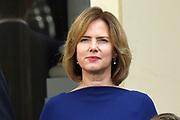 Het nieuwe kabinet Rutte III op het bordes van Paleis Noordeinde. <br /> <br /> Op de foto:  Cora van Nieuwenhuizen - minister van Infrastructuur en Milieu