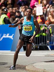 2013 Boston Marathon: Lilesa Desisa wins