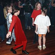 Dansmarathon bij dansschool Hans van Schaik Huizen voor het Aidsfonds