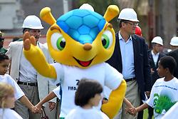 O secretário geral da FIFA Jerome Valcke durante visita as obras de reforma do estádio Beira Rio em 17 de outubro de 2012. O Estádio Beira Rio receberá jogos da Copa do Mundo de Futebol 2014. FOTO: Jefferson Bernardes/Preview.com