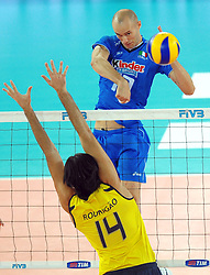 09-10-2010 VOLLEYBAL: FIVB 2010 WORLD CHAMPIONSHIP: ITALIA - BRAZIL: ROME<br /> Luigi Mastrangelo (Ita<br /> ©2010- EXPA/ InsideFoto/ Andrea Staccioli +++++ ATTENTION - FOR NETHERLANDS CLIENT ONLY +++++ / / WWW.FOTOHOOGENDOORN.NL<br /> PHOTO AGENCY