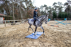 ROECKENER Lisa<br /> Ausbildung Junge Pferde<br /> Kettenkamp - Portrait Lisa Roeckener 2019<br /> Homestory und Portrait Lisa Roeckener<br /> 20. Februar 2019<br /> © www.sportfotos-lafrentz.de/Stefan Lafrentz