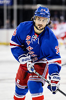 Ishockey<br /> NHL<br /> Foto: imago/Digitalsport<br /> NORWAY ONLY<br /> <br /> October 16, 2014: New York Rangers Right Wing Mats Zuccarello Aasen (36) during player warm-up s prior to the start of a regular season NHL game between the Carolina Hurricanes and the New York Rangers at Madison Square Garden in New York, NY