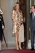 Staatsbezoek aan Frankrijk dag 1 - Staatsbanket op het Palais de l'Elysée<br /> <br /> State Visit to France Day 1 - State Banquet at the Palais de l'Elysée<br /> <br /> Op de foto / On the photo:   koningin Maxima