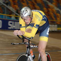 27-12-2014: Wielrennen: NK Baanwielrennen: Apeldoorn Dion Beukeboom wint de Nederlandse titel bij de elite op de achtervolging