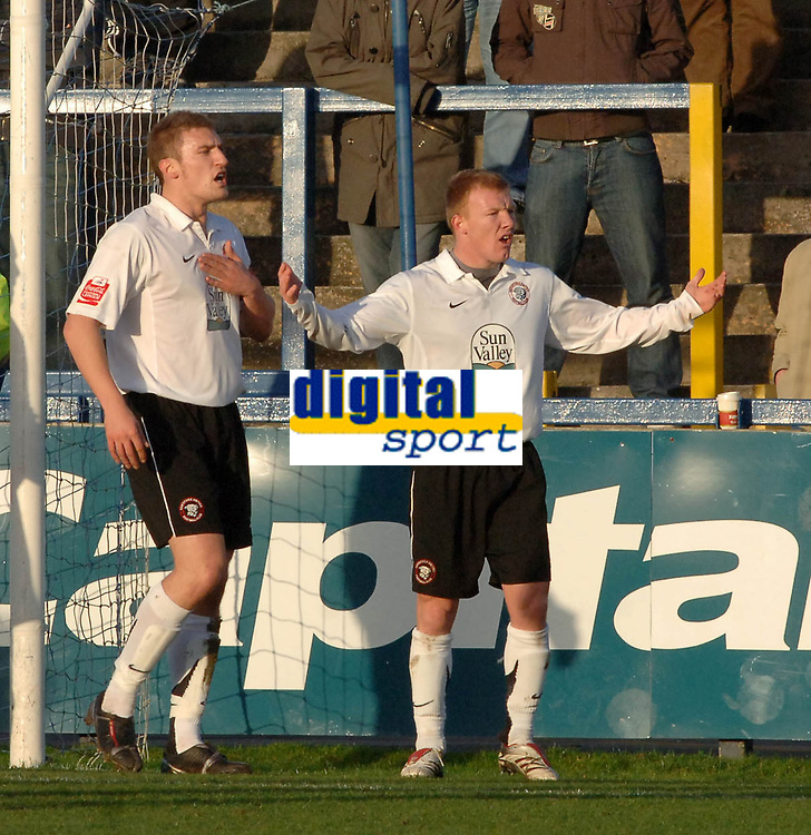 Photo: Paul Greenwood.<br />Macclesfield Town v Hereford United. Coca Cola League 2. 20/01/2007. Hereford's Andy Ferreel protests his innocence as he is sent off