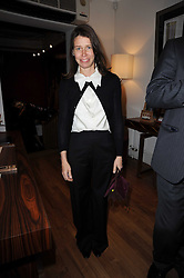 LADY SARAH CHATTO at the Linley Christmas Party and launch of the book 'Star Pieces' by David Linley, Charles Cator and Helen Chislett held at Linley, 60 Pimlico Road, London on 18th November 2009.