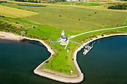 Nederland, Gelderland, Tiel, 30-09-2015; rivier de Waal, ingang Amsterdam-Rijnkanaal bij Tiel.  Verkeerspost.<br /> Entrance Amsterdam-Rhine channel.<br /> luchtfoto (toeslag op standard tarieven);<br /> aerial photo (additional fee required);<br /> copyright foto/photo Siebe Swart