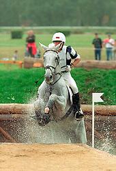 Dibowski Andreas (GER) - Ginger<br /> EK Eventing Pau 2001<br /> Photo © Dirk Caremans
