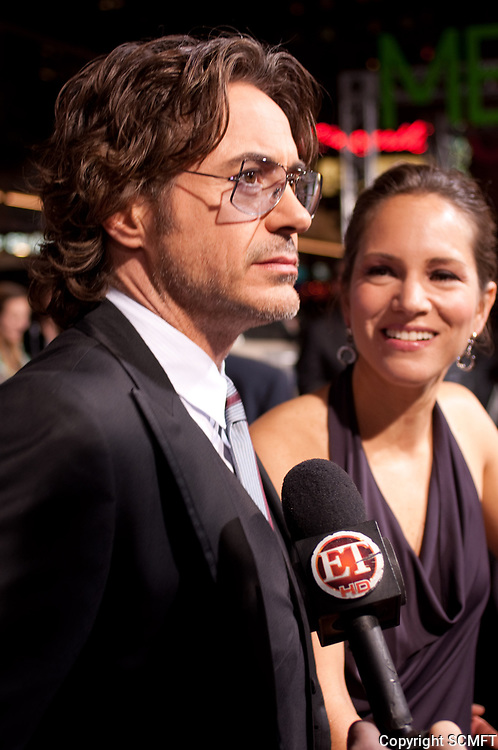 """11/28/2010 Robert Downey Jr. at the premiere of """"Due Date"""" at the Chinese Theater"""