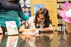 June 10, 2017 - Caroline Verban. Durante o Lançamento do livro Sonhos de Nina de Caroline Verban. Livraria Martins Fontes. (Credit Image: © FáBio Guinalz/Fotoarena via ZUMA Press)