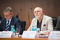 DEU, Deutschland, Germany, Berlin, 17.05.2017: Bundestag, Adi Golbach (KWK kommt) als Sachverständiger im Ausschuss für Wirtschaft und Energie zum Gesetzentwurf der Bundesregierung zur Modernisierung der Netzentgeltstruktur.