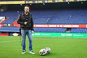 Marco Borsato trapt in e kuip in Rotterdam de Radio10 Top 4000.<br /> <br /> op de foto:  Gerard Ekdom