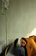 North Korea:.North Hwanghae Province..Yonsan County hospital; pediatric ward. These babies are suffering from acute diarrhoea and it is questionable whether they will survive....©Jeremy Horner.15 Mar 2004