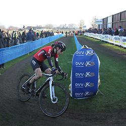 27-12-2019: Wielrennen: DVV veldrijden: Loenhout:Alice Arzuffi