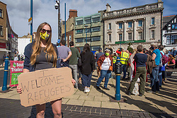 ©️ Licensed to London News Pictures. 05/09/2020. Dover, UK. Anti-racism and pro-migrants activists meet at Market Square in Dover, Kent. Meanwhile, anti-immigration activists have said they intend to gather in town. There are fears of violence in as rival far-right and pro-migrant groups are expected to assemble to demonstrate over migrant crossings.  Photo credit: Marcin Nowak/LNP