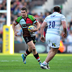 Nick Easter (Harlequins) in possession - Photo mandatory by-line: Patrick Khachfe/JMP - Tel: Mobile: 07966 386802 29/03/2014 - SPORT - RUGBY UNION - The Twickenham Stoop, London - Harlequins v London Irish - Aviva Premiership.
