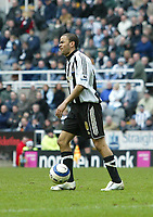 Photo: Andrew Unwin.<br /> Newcastle United v Liverpool. The Barclays Premiership. 19/03/2006.<br /> Newcastle's Kieron Dyer is annoyed at being ruled offside.