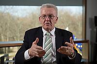 23 MAR 2012, BERLIN/GERMANY:<br /> Winfried Kretschmann, B90/Gruene, Ministerpraesident  Baden-Wuerttemberg, waehrend einem Interview,Landesvertertung Baden-Wuerttemberg<br /> IMAGE: 20120323-03-011