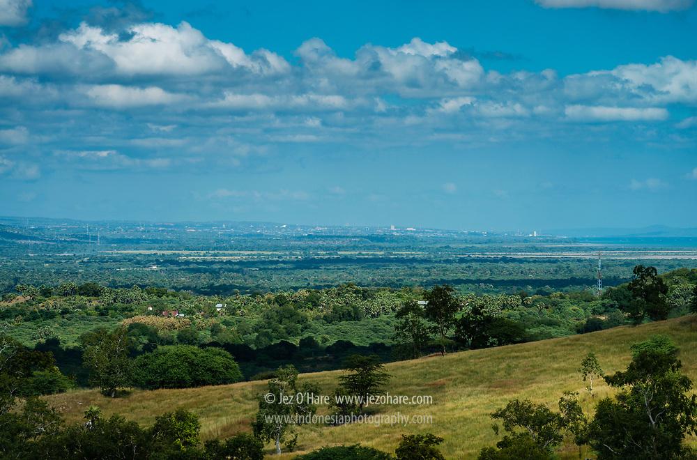 Kota Kupang terlihat dari Fatuleu, Kabupaten Kupang, Timor, Nusa Tenggara Timur, Indonesia