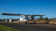 De Havilland Beaver taxiing into the 2013 Hood River Fly In at WAAAM.
