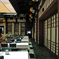 courtyard dining room