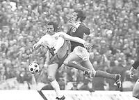 Frank Worthington - England, Jim Horton - Scotland. 18/05/1974 @ Hampden park . Credit: Colorsport