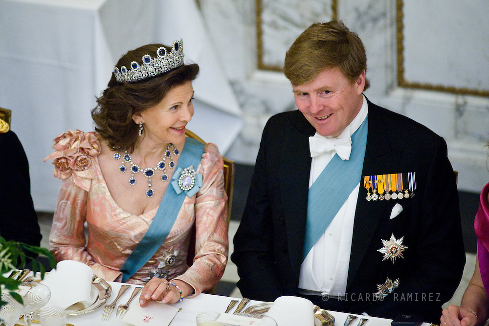 15.04.2015. Copenhagen, Denmark.Queen Silvia of Sweden and King Willem-Alexander of The Netherlands during a Gala Dinner at Christiansborg Palace on the eve of The 75th Birthday of Queen Margrethe of Denmark.Photo:© Ricardo Ramirez