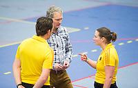 NK Zaalhockey - Arbitrage Michiel Bruning met 2 scheidsrechters.    foto KNHB / Koen Suyk