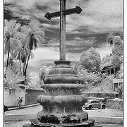 I found this old sacred cross while walking in Olinda.