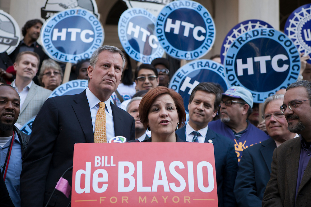 Christine Quinn endorses Bill de Blasio for mayor on the steps of City Hall, New York, NY on Tuesday, Sept. 17, 2013.<br /> <br /> CREDIT: Andrew Hinderaker for The Wall Street Journal<br /> SLUG: NYQUINN