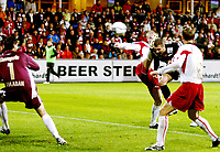 Fotball , 16.september  2007, Tippeligaen , Fredrikstad - Brann 4-0<br /> Her stanger Azar Karadas inn sitt mål for Brann<br /> <br /> Foto: Anders Hoven , Digitalsport