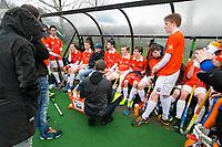 20170319 BLOEMENDAAL - landelijke jeugdcompetitie Bloemendaal Jongens JA1-Schaerweijde jongens JA1 (2-8). Steven van Tijn met zijn spelers. . COPYRIGHT KOEN SUYK