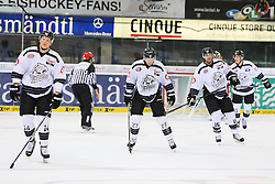 02.11.2014, Saturn Arena, Ingolstadt, GER, DEL, ERC Ingolstadt vs Thomas Sabo Ice Tigers, 16. Runde, im Bild Haengende Kopfe nach dem vierten Tor der Ingolstaedter - Alexander Oblinger (Nr.14, Thomas Sabo Ice Tigers), Tim Sch??le (Nr.27, Thomas Sabo Ice Tigers) J.T. Wyman (Nr.15, Thomas Sabo Ice Tigers) // during Germans DEL Icehockey League 16th round match between ERC Ingolstadt and Thomas Sabo Ice Tigers at the Saturn Arena in Ingolstadt, Germany on 2014/11/02. EXPA Pictures © 2014, PhotoCredit: EXPA/ Eibner-Pressefoto/ Strisch<br /> <br /> *****ATTENTION - OUT of GER*****