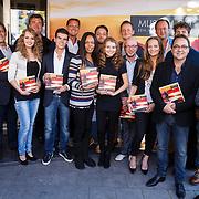 NLD/Amsterdam\/20131024 - Presentatie boek Musical 2.0, groepsfoto