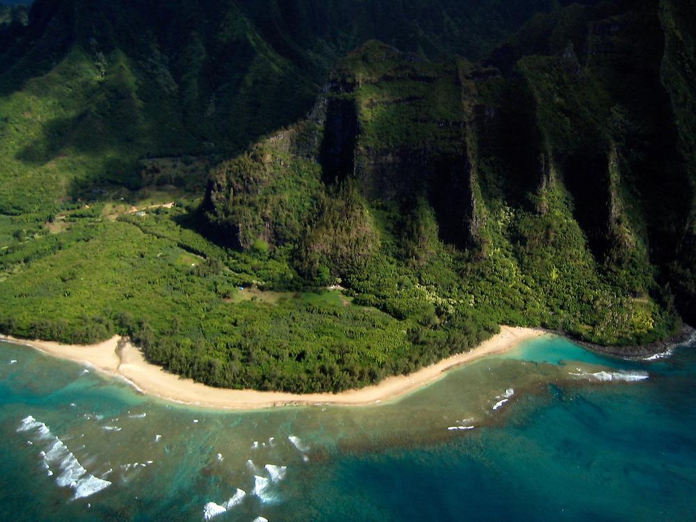 Kauai- Helicopter flight around the island. Views of the Na Pali Coast (western shore of Kauai)