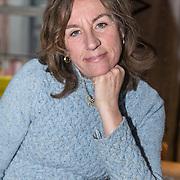NLD/Amsterdam/20171207 - Perspresentatie Taal is zeg maar echt mijn ding, Barbara Bredero