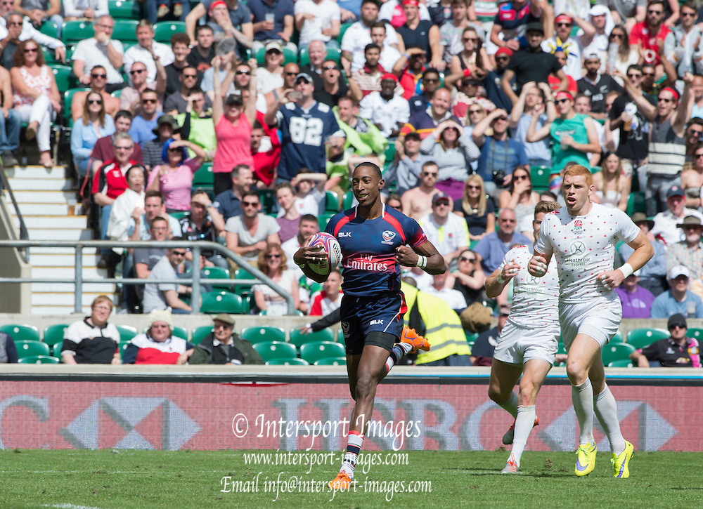 Twickenham, Great Britain, a smiling Perry BAKER run's in, after making the break, for  a try during the  USA vs England, Cup, Semi final, Marriott London Sevens played at the  RFU Stadium, Twickenham, ENGLAND. Sunday 17.05.2015<br /> [Mandatory Credit; Peter Spurrier/Intersport-images]