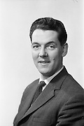 08/02/1963<br /> 02/08/1963<br /> 08 February 1963<br /> Mr. B. Stern of the Institute of Industrial Research and Standards.