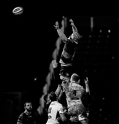 Dragons' Joseph Davies at the lineout<br /> <br /> Photographer Simon King/Replay Images<br /> <br /> Guinness PRO14 Round 14 - Dragons v Glasgow Warriors - Friday 9th February 2018 - Rodney Parade - Newport<br /> <br /> World Copyright © Replay Images . All rights reserved. info@replayimages.co.uk - http://replayimages.co.uk