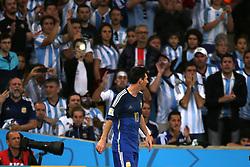 13.07.2014, Maracana, Rio de Janeiro, BRA, FIFA WM, Deutschland vs Argentinien, Finale, im Bild Lionel Messi (ARG), im Hintergrund argentinische Fans // during Final match between Germany and Argentina of the FIFA Worldcup Brazil 2014 at the Maracana in Rio de Janeiro, Brazil on 2014/07/13. EXPA Pictures © 2014, PhotoCredit: EXPA/ Eibner-Pressefoto/ Cezaro<br /> <br /> *****ATTENTION - OUT of GER*****