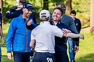11-05-2019 Foto's NGF competitie hoofdklasse poule H1, gespeeld op Drentse Golfclub De Gelpenberg in Aalden. Houtrak 1 - Berend van Holthuijsen wordt gefeliciteerd