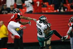 Philadelphia Eagles wide receiver Reggie Brown #86 catches a pass during the NFL game between the Philadelphia Eagles and the Atlanta Falcons on December 6th 2009. The Eagles won 34-7 at The Georgia Dome in Atlanta, Georgia. (Photo By Brian Garfinkel)