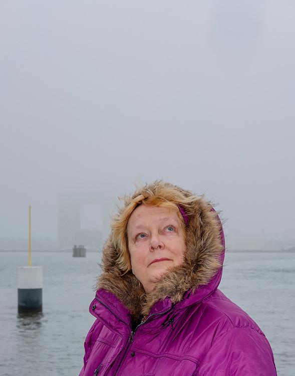 Nederland. Amsterdam, 05-02-2019. Foto: Patrick Post. Portret van Linda Polman.