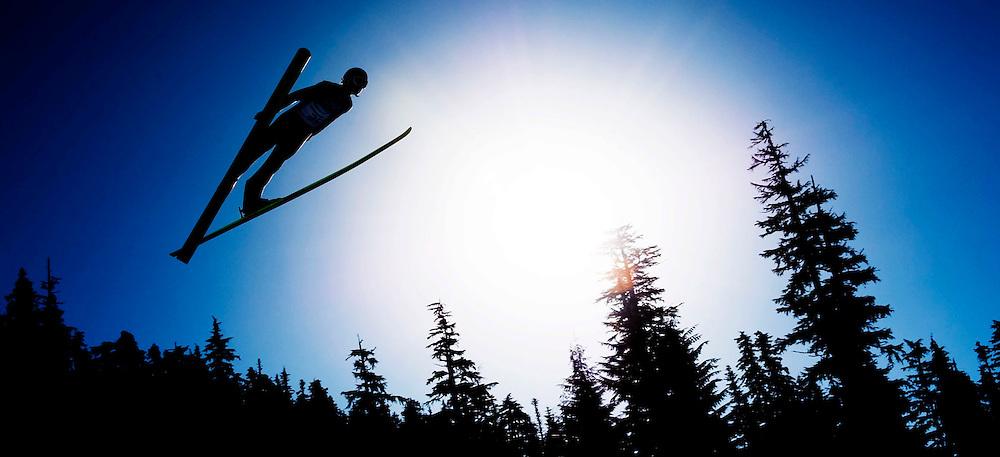 SERIE KJ<br /> <br /> Canada, Whistler, 19-02-2010.<br /> Olympische Winterspelen.<br /> Skispringen, Individueel Kwalificatieronde.<br /> Sebastian Colloredo uit Italie tijdens zijn sprong.<br /> Foto: Klaas Jan van der Weij